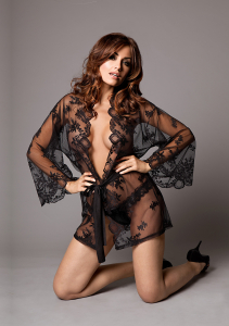 Халатик GRACE IN LACE BLACK S M 51095-02-50