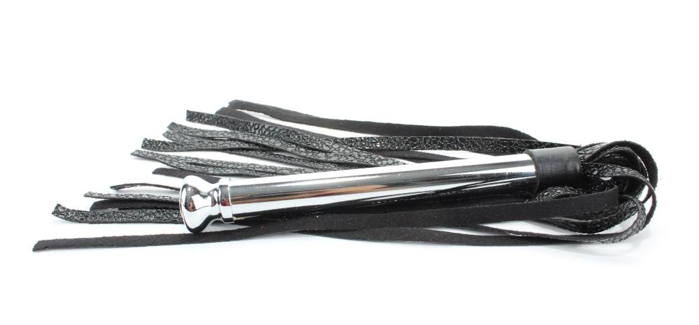 Плетка с металлической ручкой хвосты кож зам 54014ars