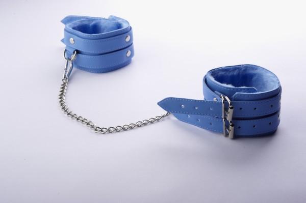 Оковы голубые с ремешками, соединенные цепочкой длиной 35см 5013-5